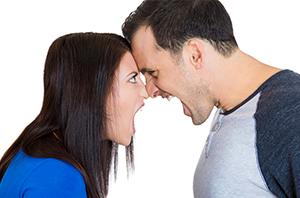 Saiba quais os comportamentos mais comuns em casos conjugais